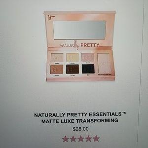 IT Cosmetics Palette. Naturally Pretty Essentials.
